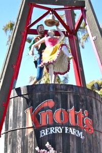 Knotts Berry Farm entrance